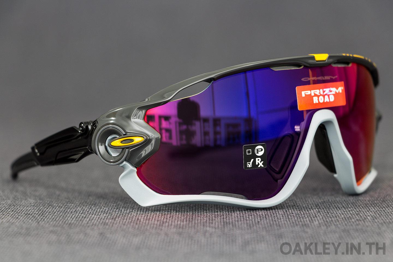 2333bdb09a OAKLEY JAWBREAKER Tour De France Collection Carbon Prizm Road